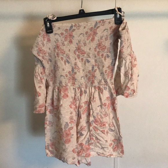 Hollister Other - Romper